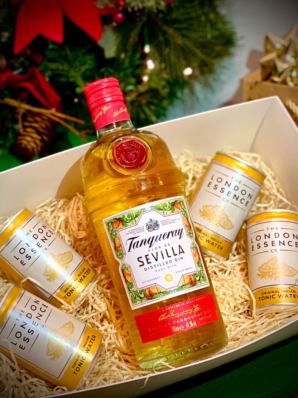 Gift Box - Tanqueray Sevilla Gin with 4 London Essence Tonics