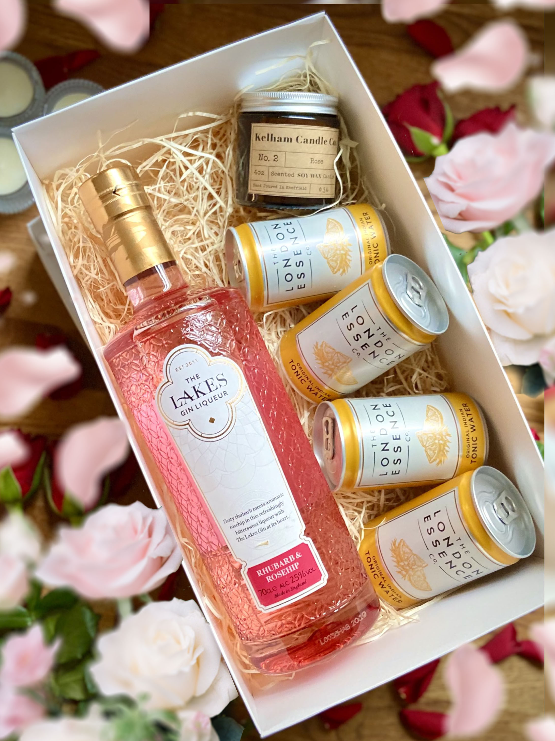 The Lakes Rhubarb and Rosehip Gin Liqueur 70cl, 4 x London Essence Tonic Cans 150ml and 4oz Kelham Candle Co set